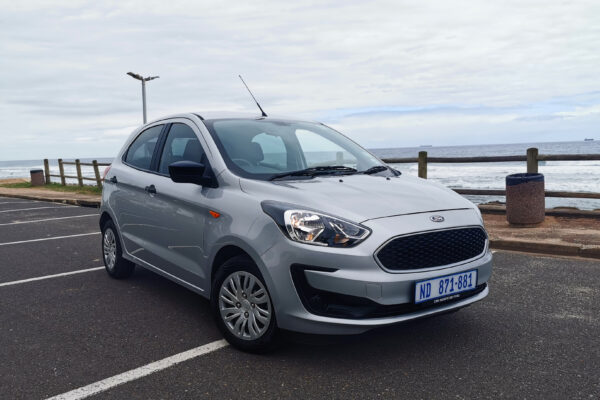 2019-ford-figo-amb-rightfront