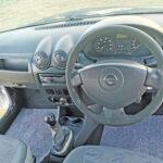 2013-nissan-np200-dashboard