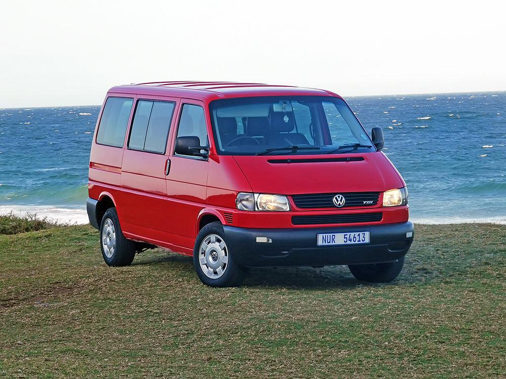 2004-vw-microbus-rightfront2