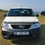 2019-nissan-np200-front
